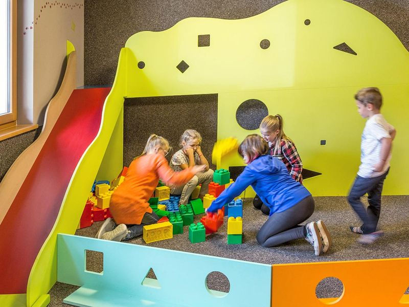 Sala Giochi Per Bambini : Bambini vacanza famiglia hotel anewandter brunico