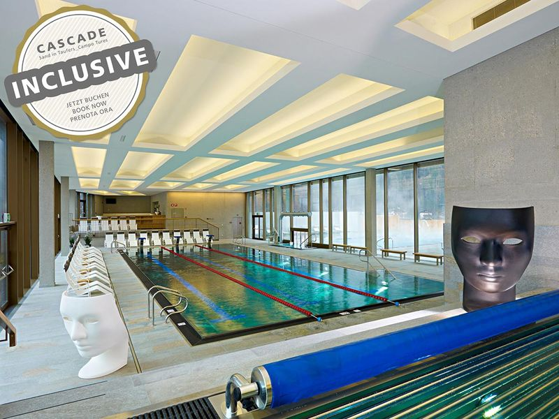 Benessere wellness hotel anewandter villa ottone brunico - Piscina sospesa plan de corones ...